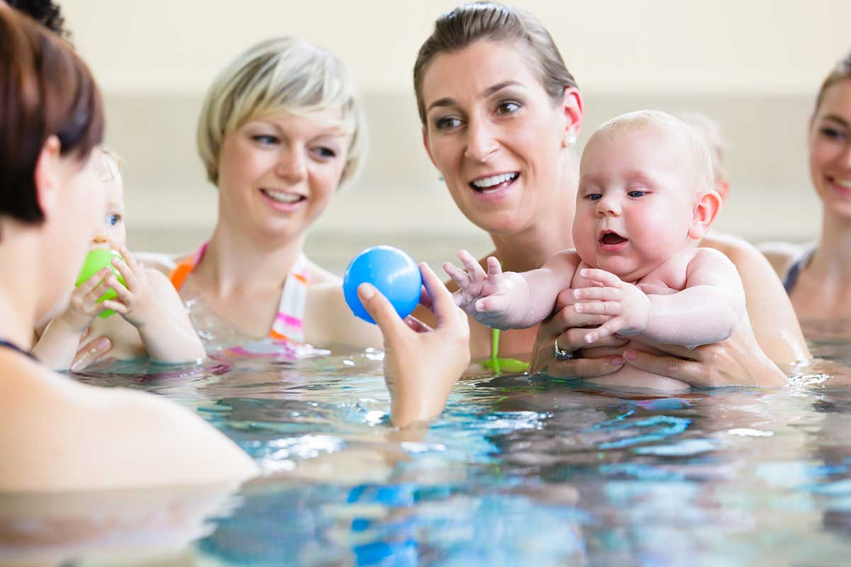 What Age Can Kids Start Swim Lessons (Step by Step Guide)