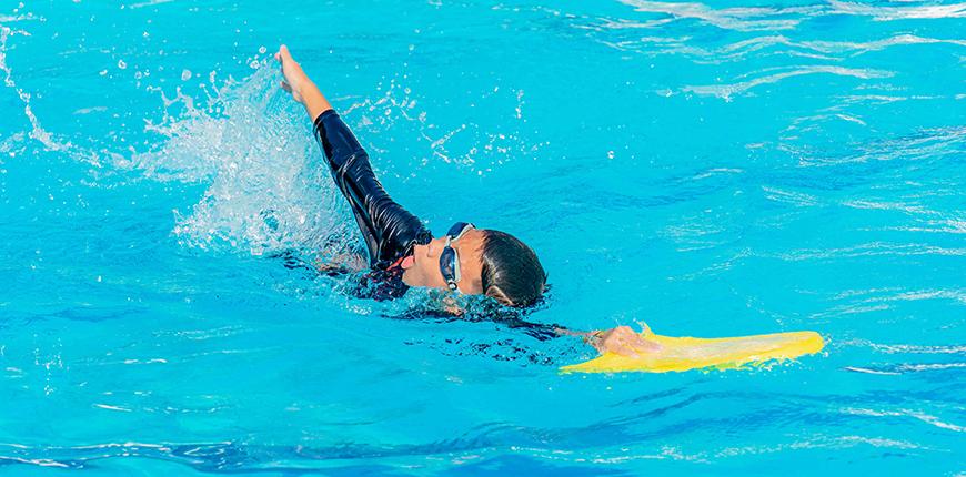 %Pengu Swim School%